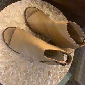 Steve Madden open toe bootie beige
